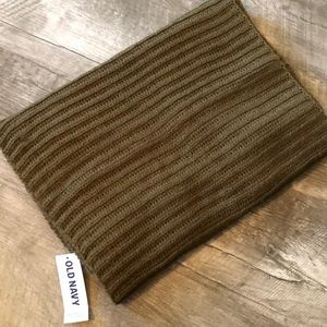 NWT! Old Navy Olive Knit Infinity Scarf!